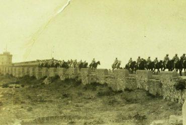 Montjuïc, el castillo que atacaba la ciudad