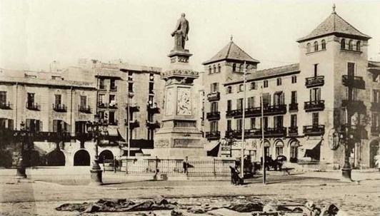 Plaça Antonio López