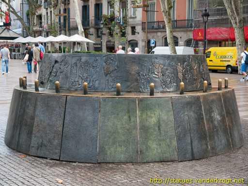 Mary Santpere y el monumento de la discordia